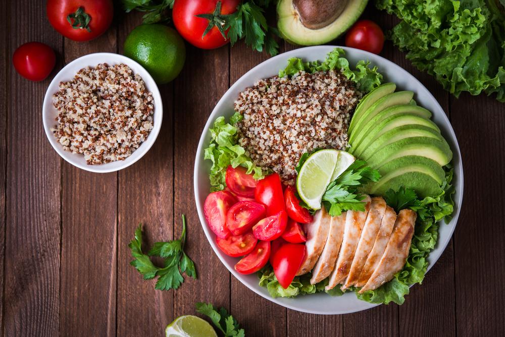 atividade física e saúde: almoço com salada