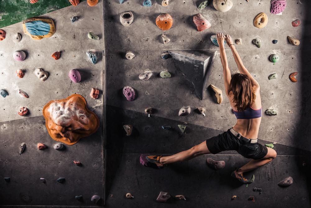 Atividades físicas no inverno: escalada