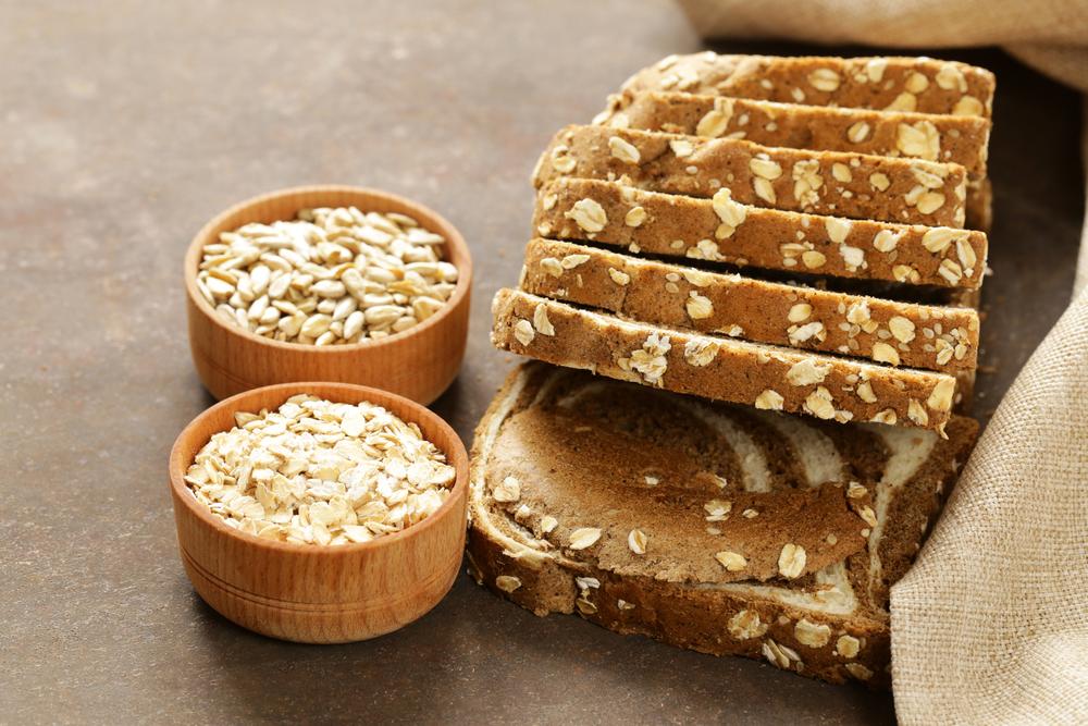 Alimentos ricos em carboidratos: pão integral