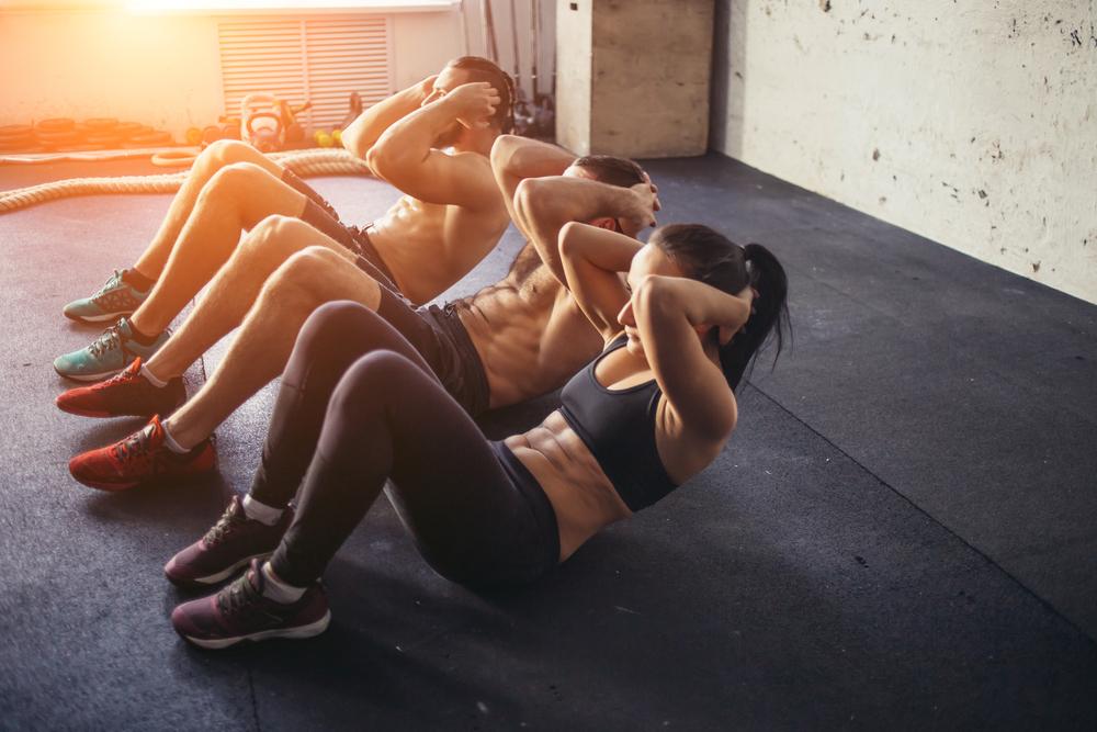 Exercícios físicos para fazer em casa: abdominais